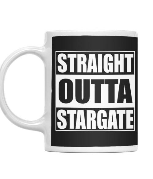 Straight outta stargate Póló - Ha Stargate rajongó ezeket a pólókat tuti imádni fogod!