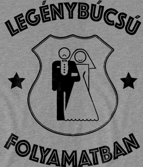 Legénybúcsú címer Póló - Ha Bachelor Party rajongó ezeket a pólókat tuti imádni fogod!