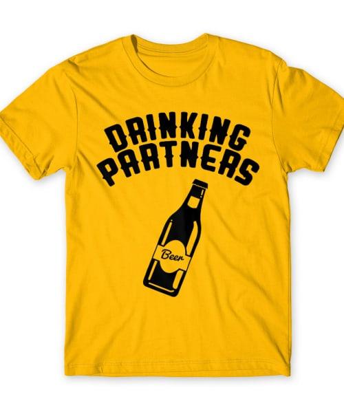 Drinking partners 1 Póló - Ha Friendship rajongó ezeket a pólókat tuti imádni fogod!