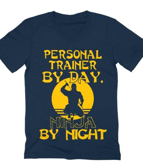 Personal Trainer by Day Póló - Ha Personal Trainer rajongó ezeket a pólókat tuti imádni fogod!