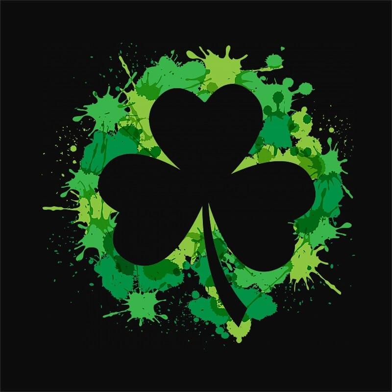 Clover Splash Póló - Ha St. Patrick's Day rajongó ezeket a pólókat tuti imádni fogod!