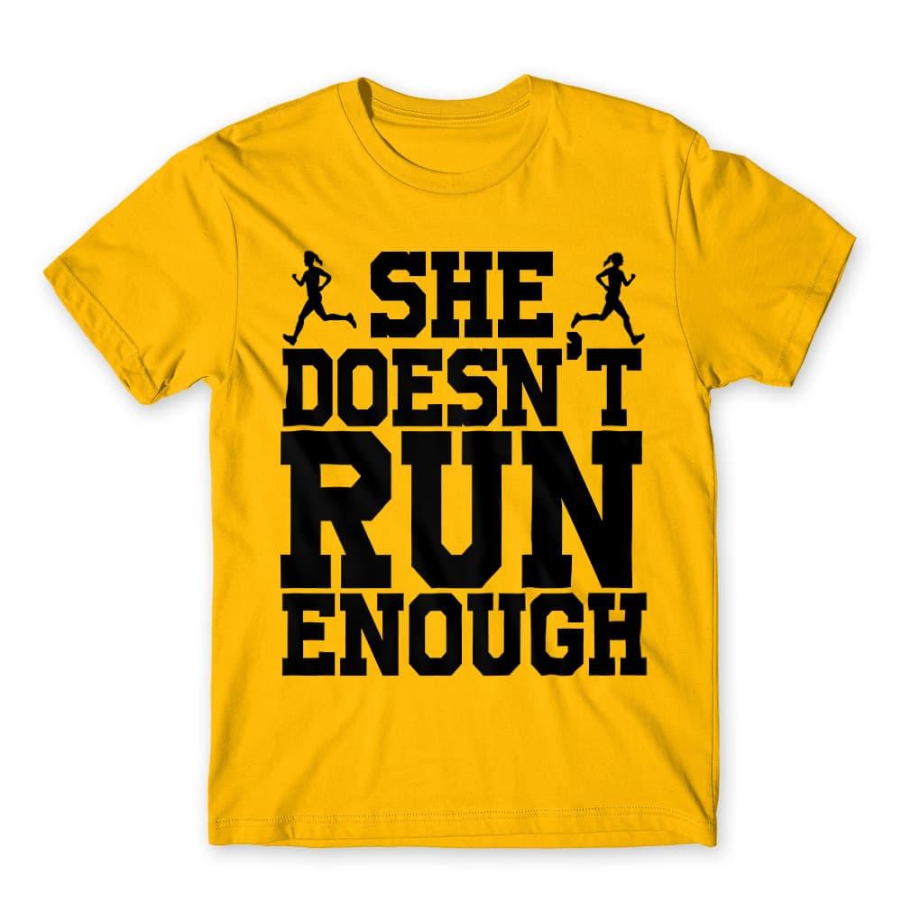 She doesn't run enough Póló - Ha Couple rajongó ezeket a pólókat tuti imádni fogod!