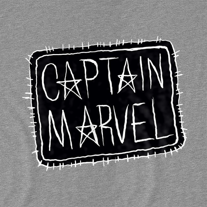 Captain Marvel text Póló - Ha Captain Marvel rajongó ezeket a pólókat tuti imádni fogod!